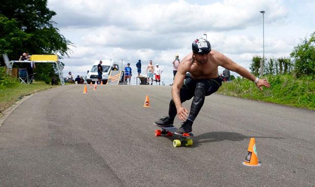 slalom skateboard
