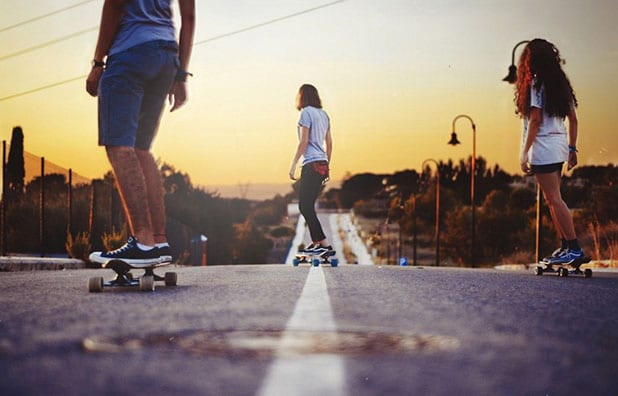 Drop through Longboard for Downhill Longboarding