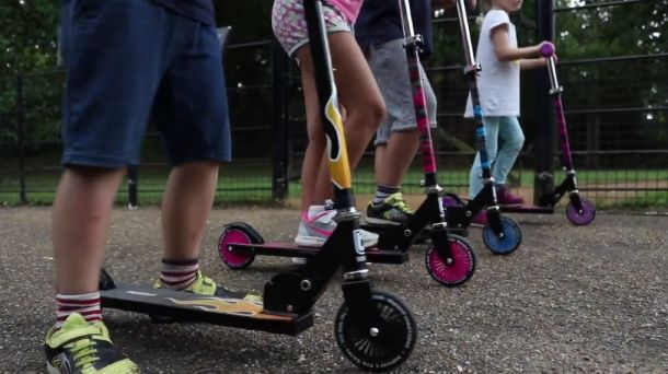 2–wheel scooters
