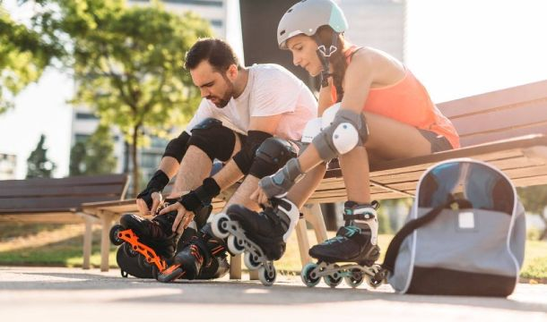 How Does Roller Skate Differ From Rollerblade