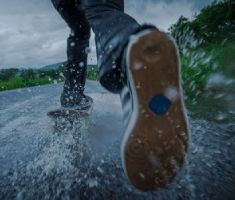 Skate On Wet Ground
